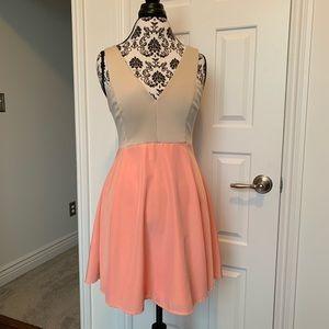 Dresses & Skirts - Cefian USA Sz L colorblock mini dress